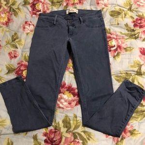 Hollister size 3 super skinny blue soft jeans